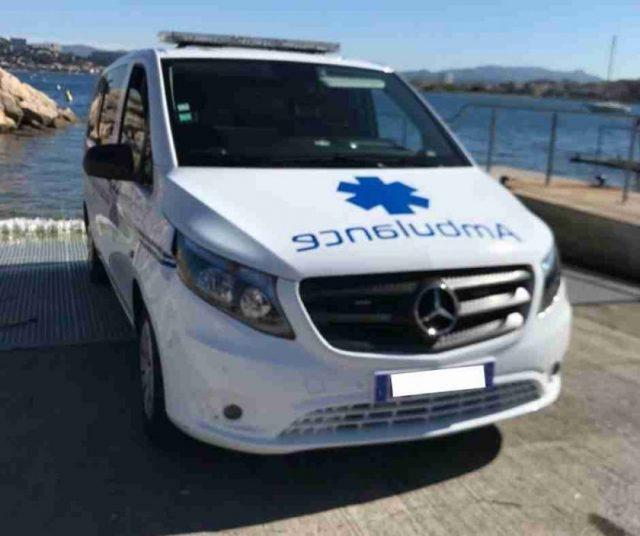 Ambulance Marseille timone 13008
